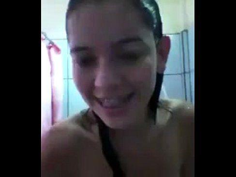 Filme porno de novinha no banho