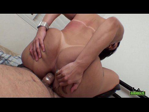 Soraya Carioca e Ted fazendo sexo anal socando no cuzinho dela