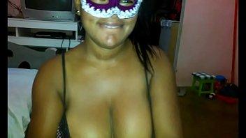 Gatinha bucetuda mandou nudes peladinha em frente ao espelho
