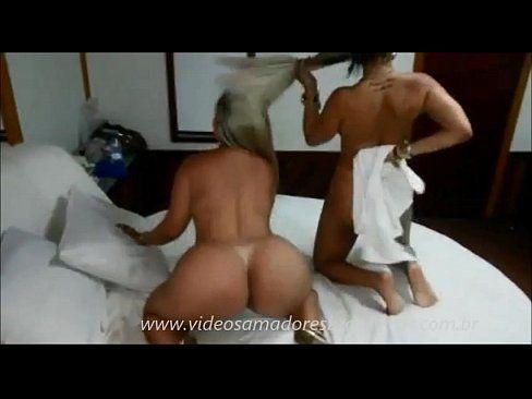 Duas loira deliciosas peladinhas no motel caiu na net samba porno