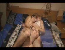 Novinha fazendo sexo na rua