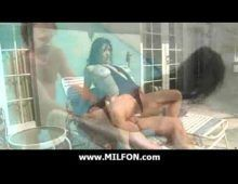 Gostosa sexhot galopando na pica