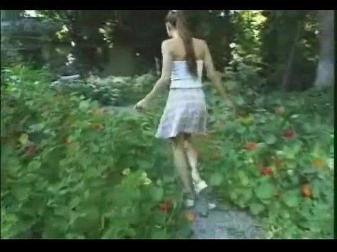 Video porno de novinhas dando a buceta para seu pai