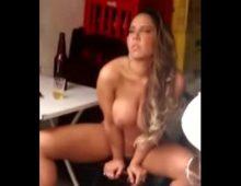 Gostosa mulher melao pelada na favela