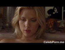 Loira scarlett johansson pelada em cena porno