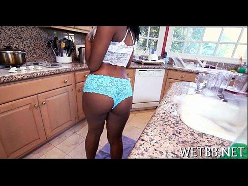 Exitada mulher negra nua afim de sexo