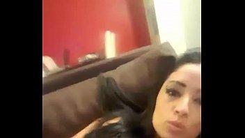Negra safada e gostosa no videos porno amador sendo comida pelo marido
