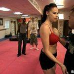 No video de mulher nuas cara de sorte em foda  com as vadias