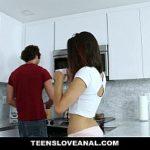 Morena sensacional no filmes porno online gratis