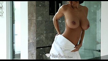 Tarado da rola dura no sexo com a mae