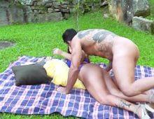 Jardineiro comendo as brasileirinhas gratis