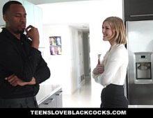 Negro comendo a mulher loira no vidios de sexo gratis